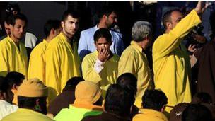 سجناء عراقيين