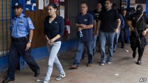 Raquel Alatorre y su grupo