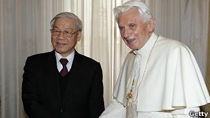 Benedicto XVI y Nguyen Phu Trong