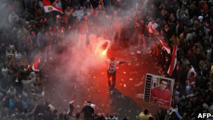 Manifestantes na Praça Tahrir (Foto: AFP/Getty Images)