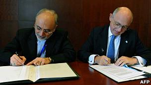 El canciller argentino Héctor Timerman y su homólogo iraní, Ali Akbar Salehi,