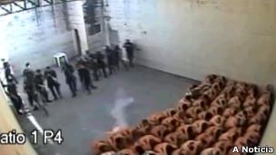Detentos sofrem agressões em prisão de Joinville (foto: A Notícia)