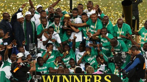 فرحة لاعبي نيجيريا