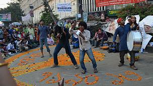 shahbagh crowd