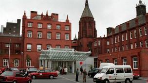 Unidad de trastornos alimenticios en niños y adolescente del hospital de Birmingham, Inglaterra