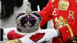 Corona de la reina de Reino Unido