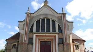 Igreja na França (Crédito: corretora Patrice Besse)