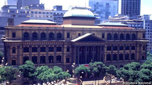 Fachada / Biblioteca Nacional