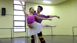 Parceria Brasil-Reino Unido traz cariocas do Royal Ballet ao Rio ...
