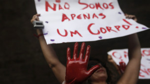SUS recebe duas mulheres por hora vítimas de abuso - BBC Brasil ...