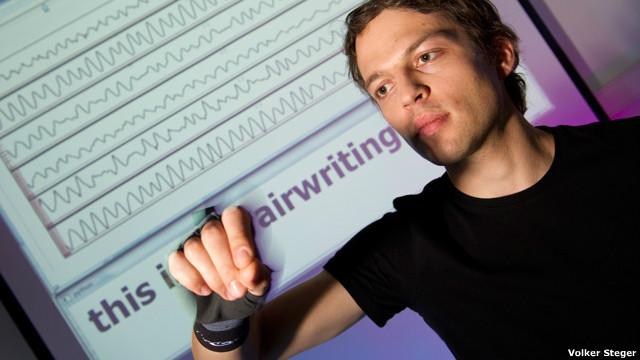 Guante para escribir en el aire