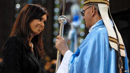 Cristina Fernández y Jorge Bergoglio (foto de archivo)
