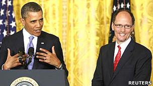 Presidente de EE.UU. Barack Obama junto a Thomas Pérez, nominado como secretario de Trabajo
