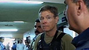 James Steele, imagen tomada del documental James Steele, el hombre misterioso de Estados Unidos en Irak