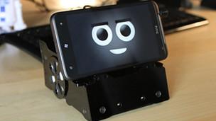 Teléfono inteligente robótico