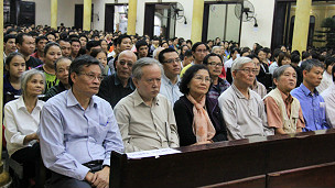 Buổi lễ cầu nguyện cho gia đình ông Vươn
