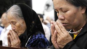 Buổi cầu nguyện cho gia đình ông Vươn