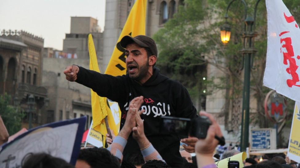 """مسيرة """"وحدة الصف"""" في مصر 130409235838_egypt_secterian_protest6_976x549_bbc_nocredit"""