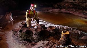Cueva cuarcita Auyantepuy