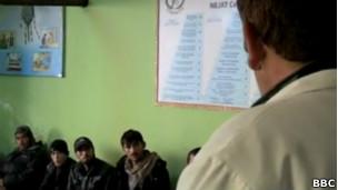Centro de tratamento de dependentes no Afeganistão