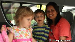 Babá com crianças | Foto: Arquivo pessoal
