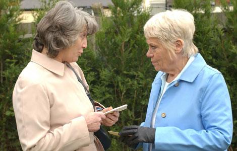 2 grandmothers talking
