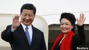 Xi Jinping y su mujer
