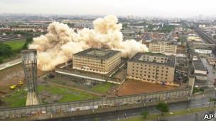 Demolición de la cárcel de Carandiru en 2002
