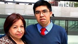 Ricardo Adair Coronel Robles, joven mexicano con síndrome de Asperge