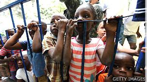 Niños huérfanos del terremoto en Haití