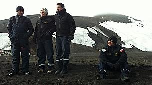 El sexto continente 130424144856_soldados_antartida_304x171_bbc_nocredit