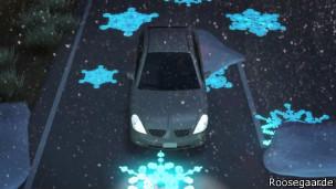 Placas luminosas na estrada (Foto divulgação)