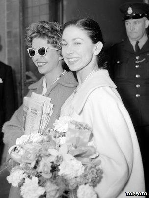 Judy Tatham y Margot en Londres, una semana después del fallido golpe