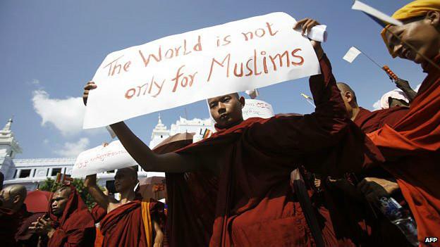 Budista protesta