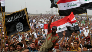 Sunitas fazem protesto no Iraque (foto: AP)