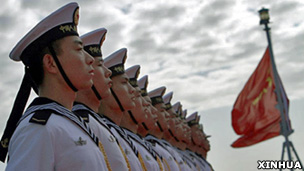 中国海军护航编队船舰在阿尔及利亚首都阿尔及尔停靠(新华社图片2/4/2013)