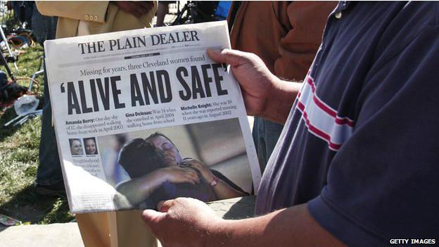 Titular de noticia de aparición de secuestradas