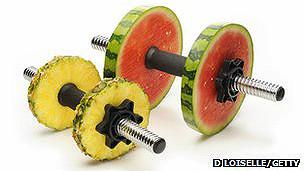 pesa hecha de comida