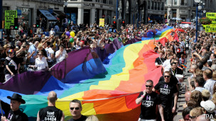 Passeata do orgulho gay em Londres