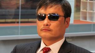 陈光诚在伦敦BBC广播大厦接受BBC中文网采访(20/5/2013)