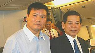 Ông Trương Duy Nhất (trái) và Chủ tịch Nguyễn Minh Triết khi còn tại chức