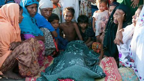 Familia desplazada en Rakhine
