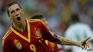Torres celebra un gol
