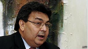 Le Chargé d'Affaires vénézuélien à Washington est reçu au Département d'Etat