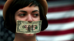 Manifestante do Occupy nos EUA   Foto: AP