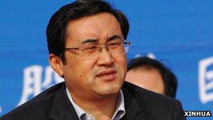 重庆市副市长凌月明(新华社资料图片)