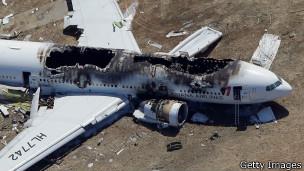 عالمي حادث طائرة فرانسيسكو: شركة الطيران تنفي وجود 130707073714_boeing_