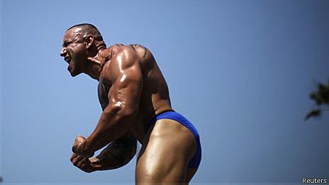 Fisiculturista em concurso nos EUA (Reuters)