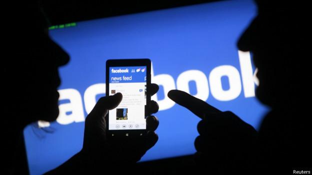 Người dùng Facebook trên di động