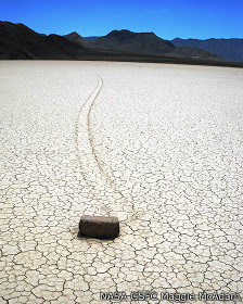 Roca en Racetrack Playa